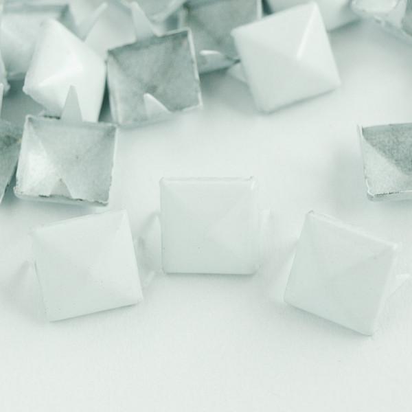 Nieten Pyramidennieten Farbe weiß Großhandel im Paket kaufen