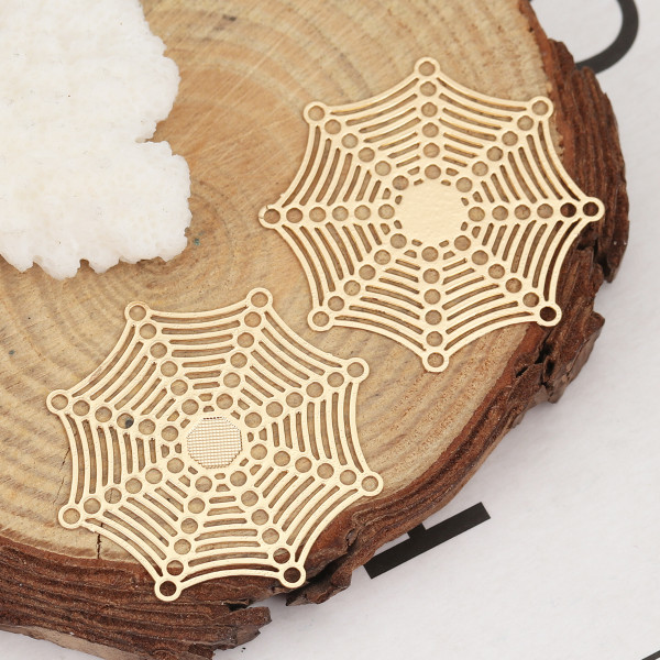 Filigree Ornament Spinnennetz goldfarben 32mm